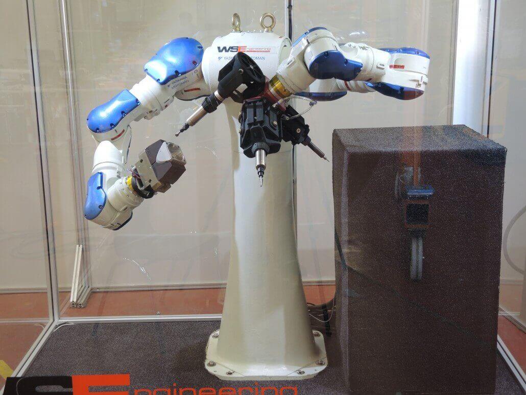 Additive Manufacturing   WSE Auslenksystem Roboter